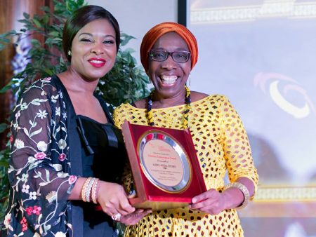 Mrs Ayida-Otobo receiving lifetime achievement award